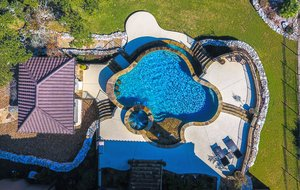 Residential Gunite Pools #016 by Pools Unlimited Inc
