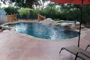 Residential Gunite Pools #028 by Pools Unlimited Inc